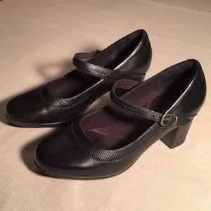 Clarks Black Promise Sassa Shoes